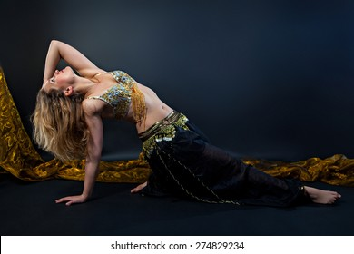 Beautiful belly dance in action