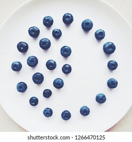 beautiful bluberries - fresh fruits and healthy eating styled concept, elegant visuals