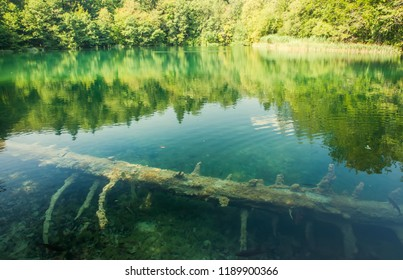 Beautiful blue lake and waterwalls in plitvice national park