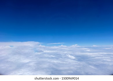 Beautiful blue sky wallpaper and background