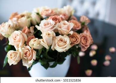 Beautiful bouquet of roses flowers