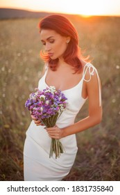 beautiful bride , fashion portrait on nature