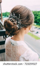Beautiful bride hair style with a hoop