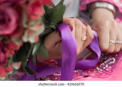 a beautiful bride hand. wedding