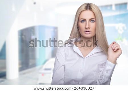 Women meet woman edit think