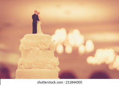 Beautiful Cake for Wedding Ceremony