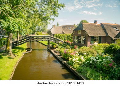 Beautiful canal view and traditional house of Giethoorn, Amsterdam, Netherlands
