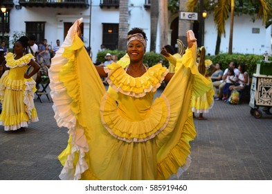 Beautiful Caribbean Dancer - February 2017 - Cartagena, Colombia