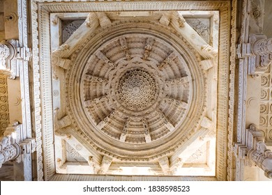 Beautiful carved white marble ceiling in Ranakpur Jain temple or Chaturmukha Dharana Vihara is a Jain temple in Rajasthan, India. This is one of the largest and most important temples of Jain culture.