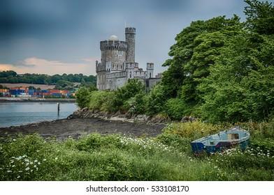 Beautiful castle in Ireland. blackrock.  Beautiful castle blackrock in Cork Ireland
