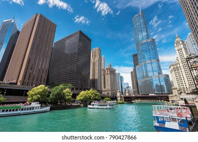 Beautiful Chicago river and Chicago Downtown at sunny day.