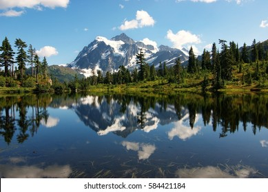 A beautiful clear summer day at Picture lake in the north cascades national park, Washington USA.