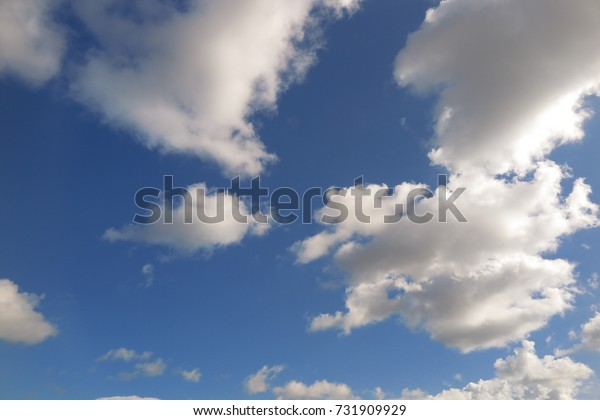 Beautiful cloud pattern on the sky