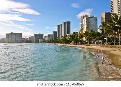 beautiful coastline of waikiki beach honolulu hawaii