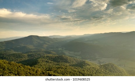 Beautiful colorful sunset at Tinker Cliffs, Appalachian Trail, Virginia, USA