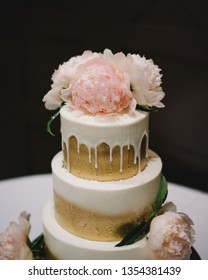 Wedding Cakes And Cupcake Ideas Images Stock Photos Vectors Shutterstock