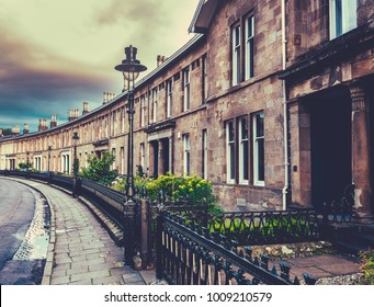Beautiful Curved Edwardian Terrace Houses In A British City (Glasgow)