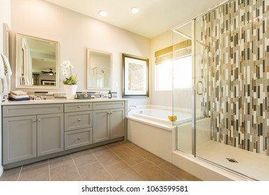 Beautiful Custom Master Bathroom