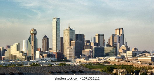 The beautiful Dallas, TX skyline;