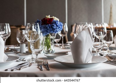 beautiful decorated table in the restaurant