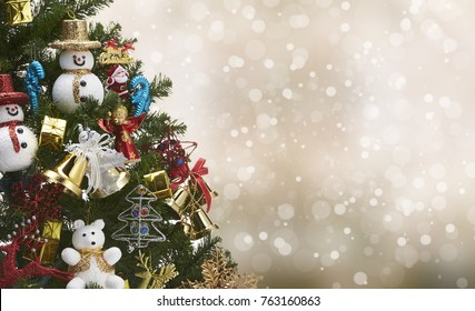 Beautiful decorated tree  christmas with chrismas bokeh background