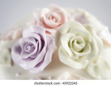 Beautiful decorative wedding cake roses