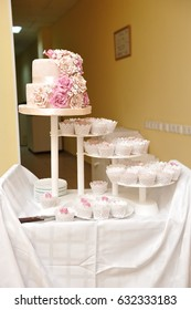 Beautiful and delicious cup cakes and wedding cake