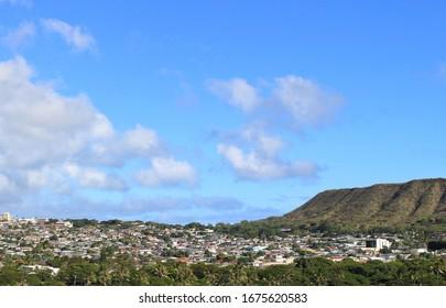 Beautiful Diamondhead and Townscape in Oahu