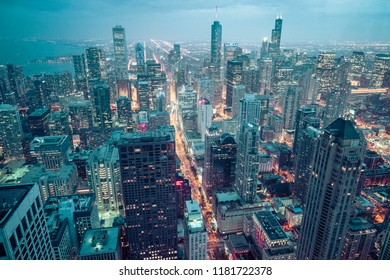 beautiful downtown Chicago skyline at night