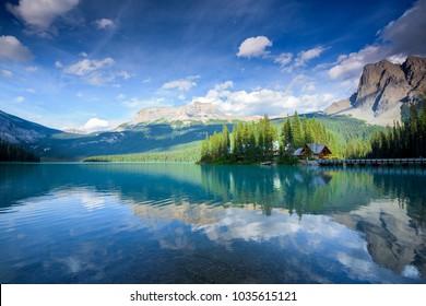 Beautiful emerald lake in yoho national park, Alberta, Canada