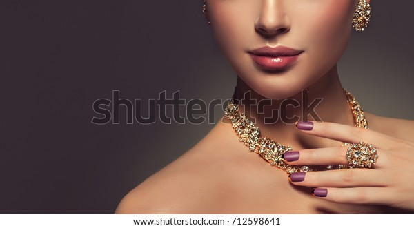 36b6813066d Beautiful girl with jewelry . A set of jewelry for woman ,necklace ,earrings  and