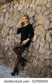 Beautiful girl posing, cool figure