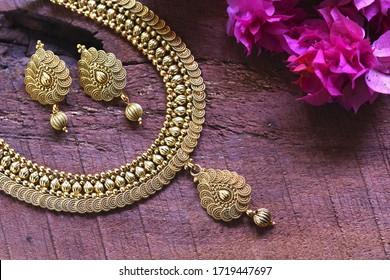 Beautiful Golden jewellery, Luxury female jewelry, Indian traditional jewellery,Indian jewelry Bridal Gold earrings wedding jewellery