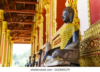 Beautiful golden Statue of Bhudda