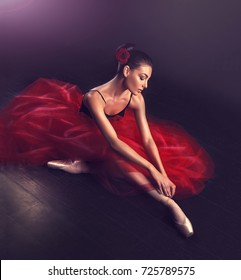 Beautiful and graceful  ballerina girl  in ballet pose classical dance . Ballet Dancer