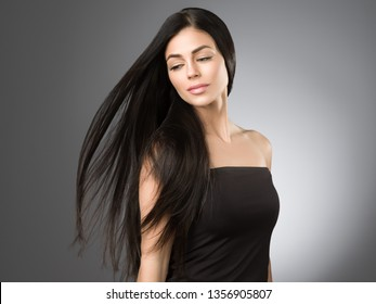 Beautiful hair woman with long brunette hairstyle