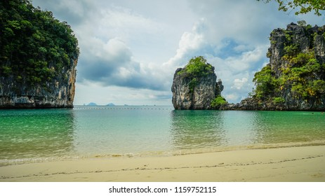 Beautiful Hong Island beach in Krabi, Thailand.