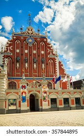 beautiful House of the Blackheads in the old town of Riga, Latvia
