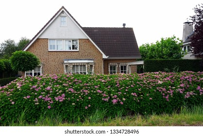 Beautiful house in a small village in the Netherlands, Amstelveen.