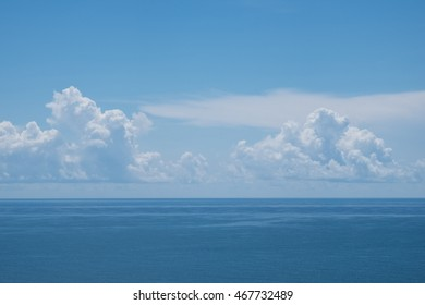 BEAUTIFUL IMAGE OF THE SEA WITH WHITE CLOUD