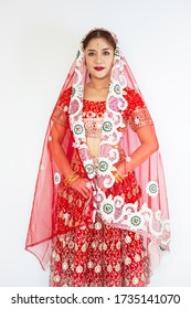 Beautiful indian woman, hindu woman model mehndi and kundan jewelry . Traditional Indian costume Indian or Muslim woman