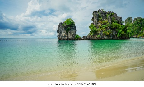 Beautiful Koh Hong island beach in Krabi, Thailand.