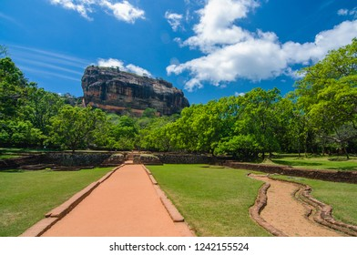 Beautiful landscape of the famous Lion's Rock in Sigiriya, Sri Lanka