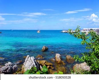Beautiful landscape of Pattaya, Thailand. Kho Larn island seascape with beach. Travel photography