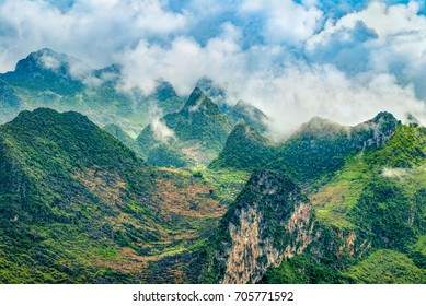 The beautiful landscape secenery of Ma Pi Leng pass during trip Meo Vac and Dong Van town, located at the most northern point in Ha Giang the most popular destinations in this region Vietnam.