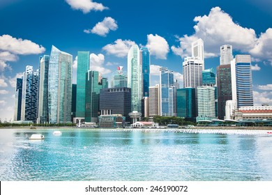 Beautiful landscape of Singapore city in suny day.