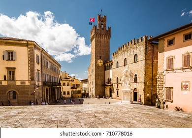 Beautiful landscape view of Arezzo town and suburbs in in eastern Tuscany, Italy