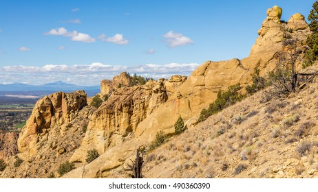Beautiful landscape of yellow sharp cliffs. Smith Rock state park, Oregon