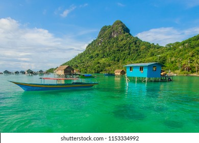 Beautiful landscapes view borneo sea gypsy water village in Bodgaya Mabul Island, Semporna Sabah, Malaysia.