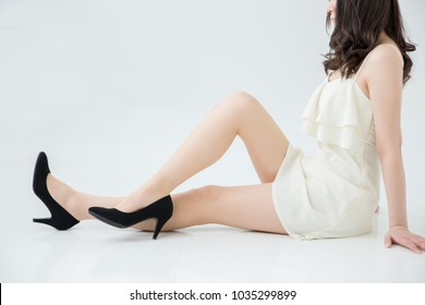 Beautiful leg of the woman